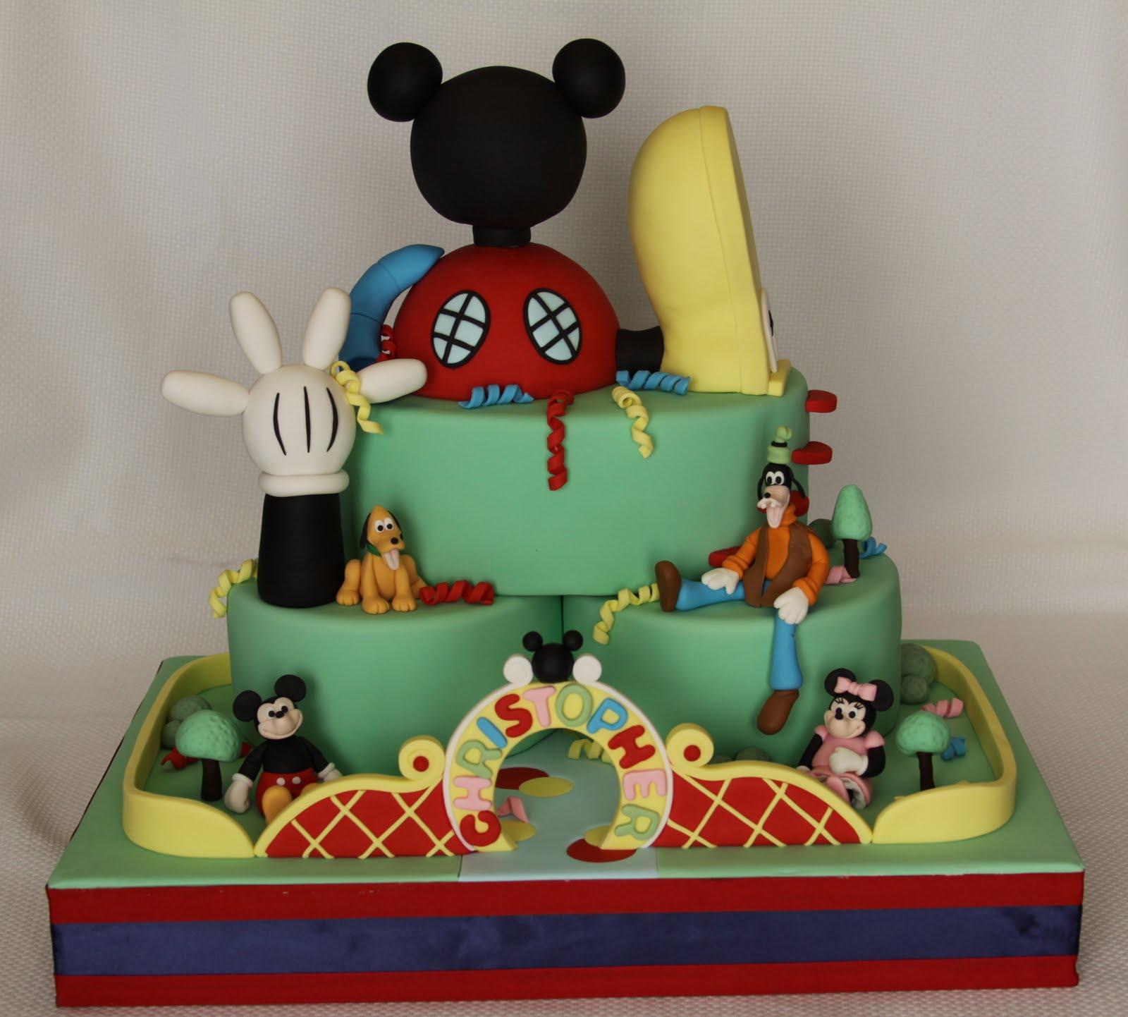 mickey-Mouse-Cake-Pictures
